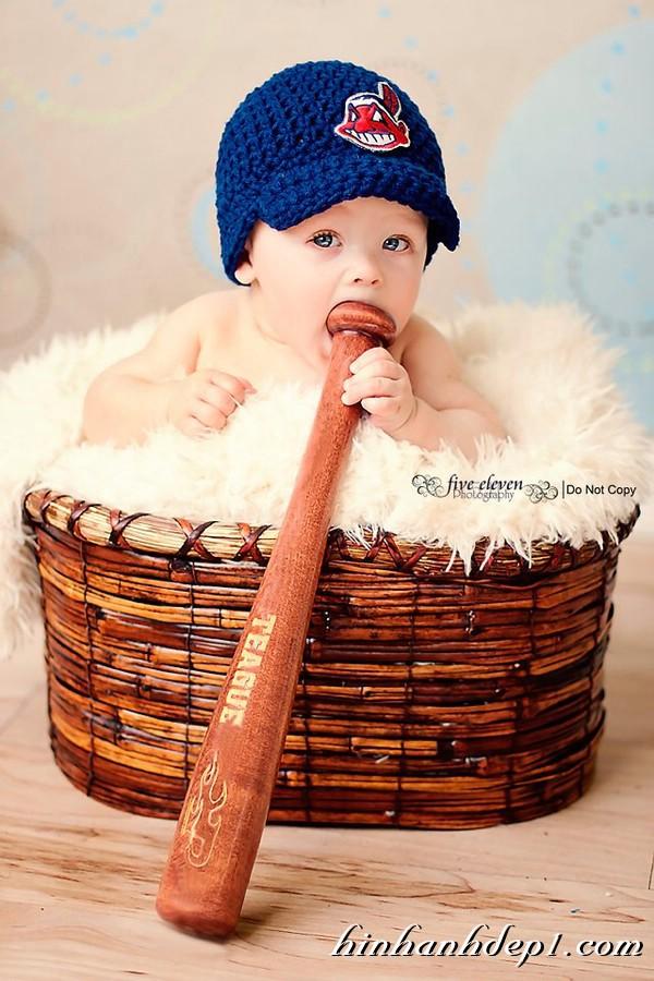 Ảnh bé yêu làm tuyển thủ bóng chày