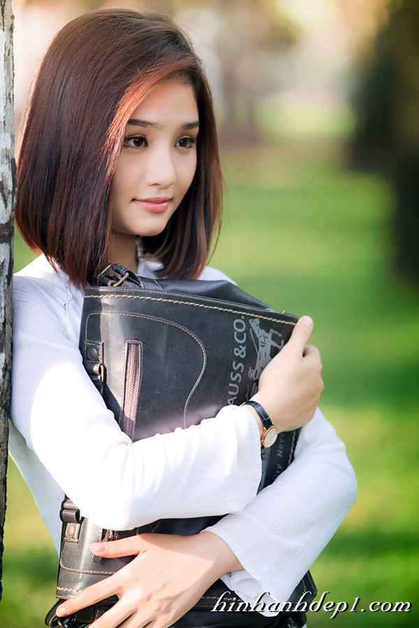 Hình hot girl cực xinh trên facebook đẹp dịu dàng 14