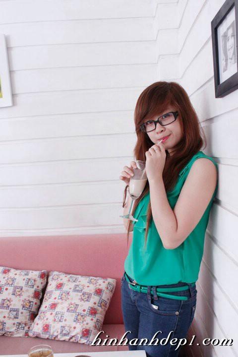Hình hot girl cực xinh trên facebook đẹp dịu dàng 20