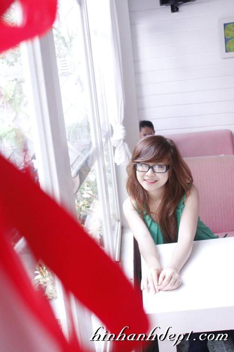 Hình hot girl cực xinh trên facebook đẹp dịu dàng 21