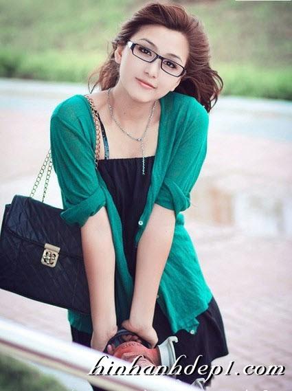 Hình hot girl cực xinh trên facebook đẹp dịu dàng 9