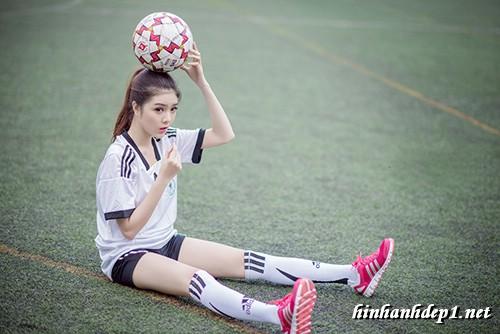 anh-hotgirl-lilly-luta-xinh-dep-trong-mua-world-cup (4)