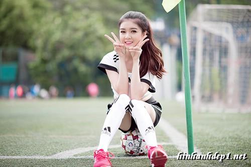 anh-hotgirl-lilly-luta-xinh-dep-trong-mua-world-cup (8)