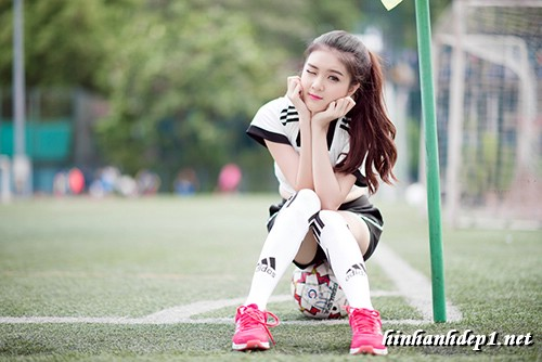 anh-hotgirl-lilly-luta-xinh-dep-trong-mua-world-cup (9)