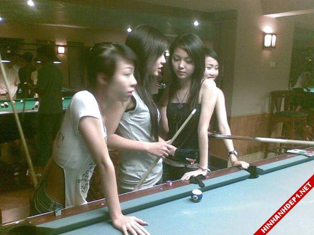 soi-dong-cung-world-cup-voi-hinh-anh-de-thuong-cua-cac-hotgirl (1)