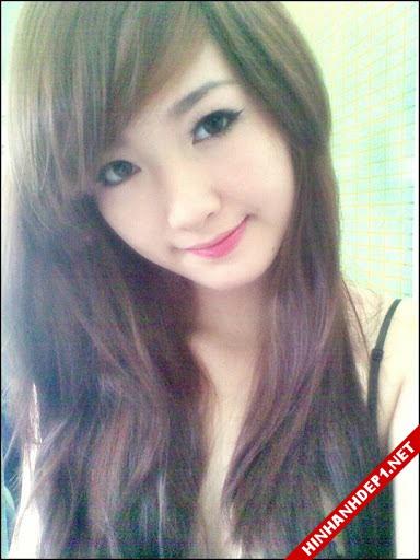 soi-dong-cung-world-cup-voi-hinh-anh-de-thuong-cua-cac-hotgirl (5)