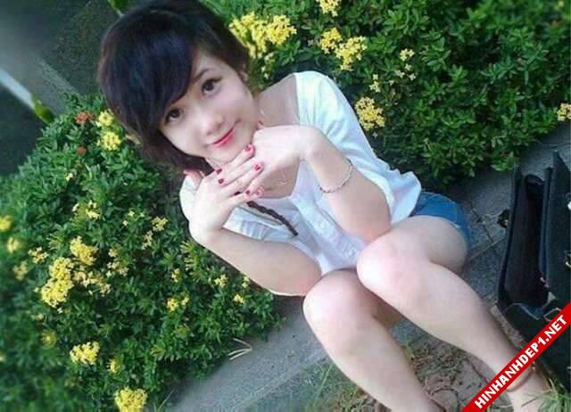 soi-dong-cung-world-cup-voi-hinh-anh-de-thuong-cua-cac-hotgirl