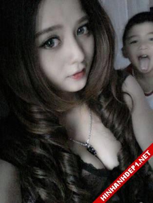 hinh-nen-dep-cac-girl-xinh-tren-mang (13)
