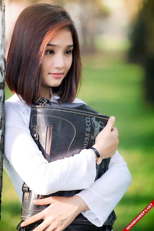 hinh-nen-dep-cac-girl-xinh-tren-mang (25)
