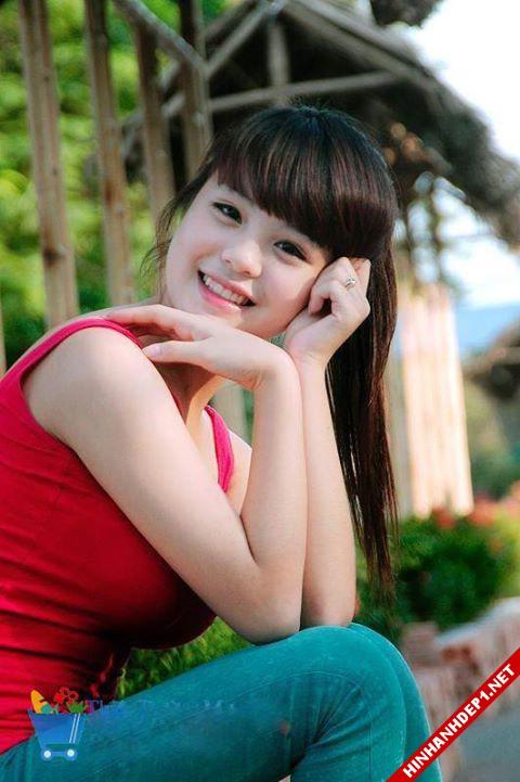 hinh-nen-dep-cac-girl-xinh-tren-mang (7)