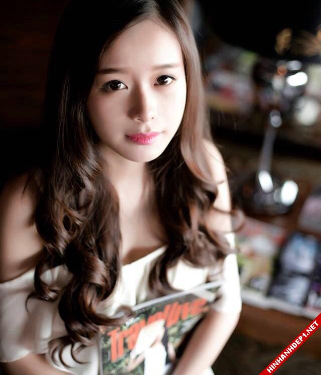 anh-co-gai-xinh-dep-duoc-menh-danh-hotgirl-nua-ty-dong (4)
