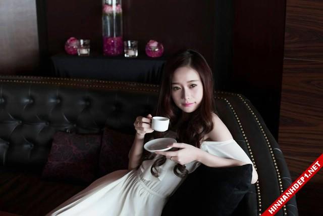 anh-co-gai-xinh-dep-duoc-menh-danh-hotgirl-nua-ty-dong (8)