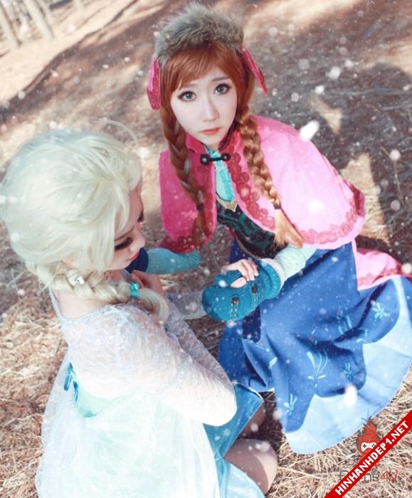 phim-frozen-va-hinh-anh-nu-cosplay-xinh-dep (15)