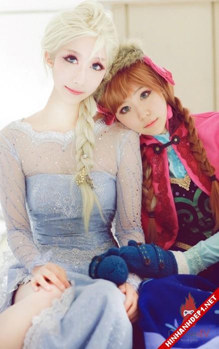 phim-frozen-va-hinh-anh-nu-cosplay-xinh-dep (9)