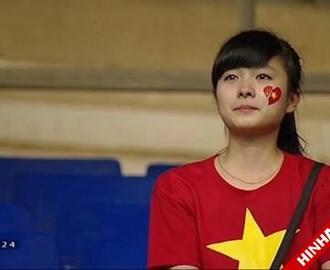 Full bộ ảnh cô gái xinh xắn rơi lệ sau trận chung kết