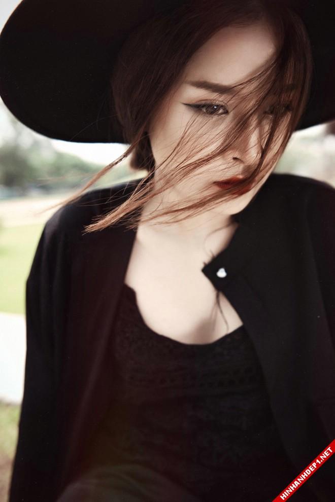 hotgirl-chipu-voi-style-ao-xuyen-thau-vua-quyen-ru-vua-ca-tinh (4)