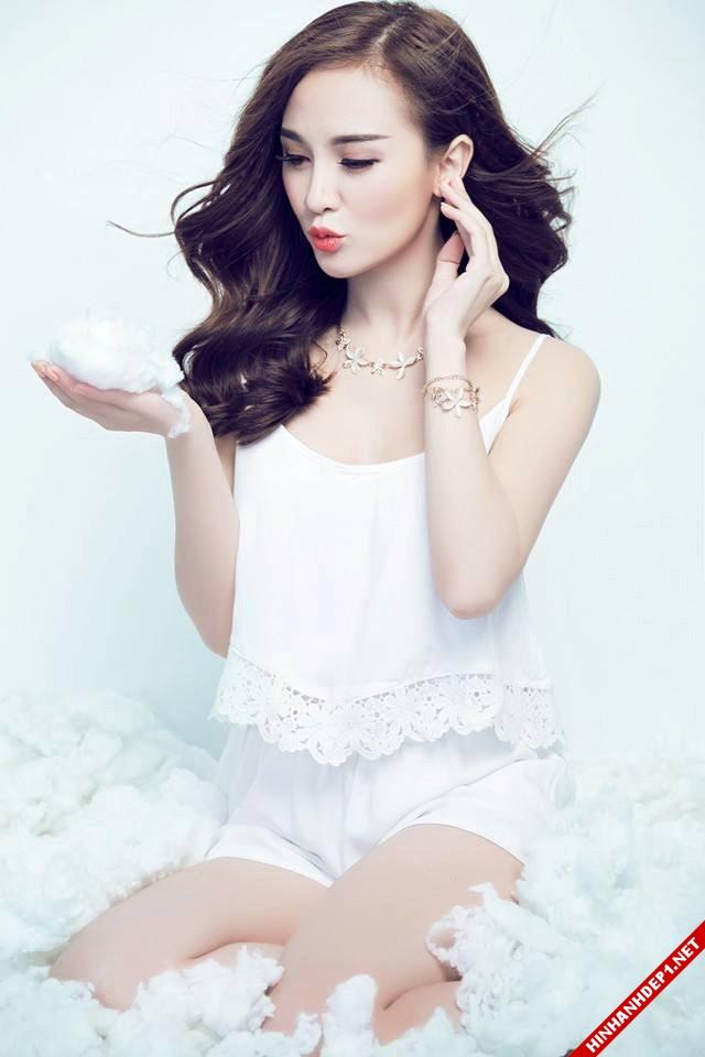 nhung-hotgirl-dinh-dam-va-khuon-mat-that-trong-chung-minh-p2 (1)