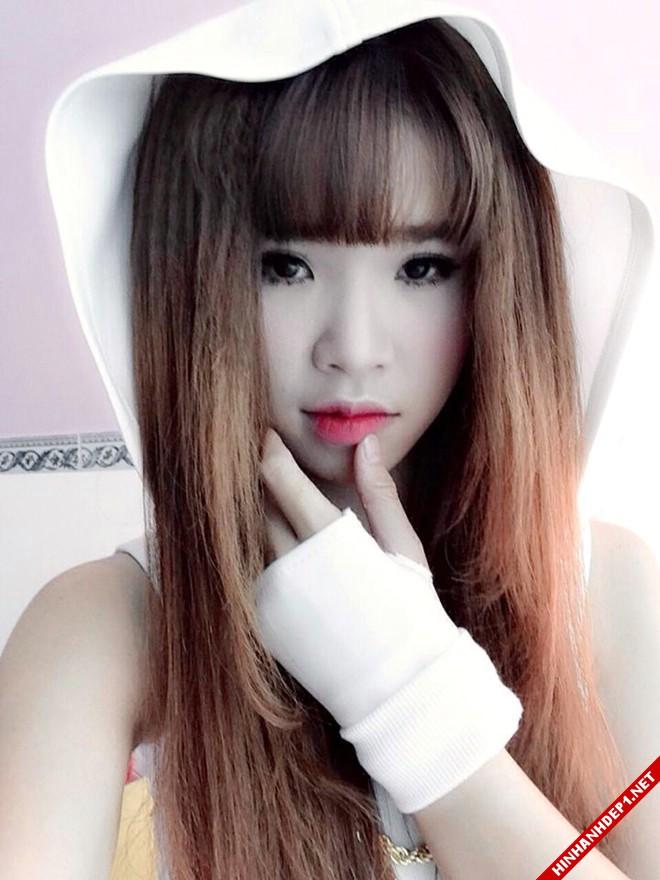 nhung-hotgirl-dinh-dam-va-khuon-mat-that-trong-chung-minh-p2 (3)