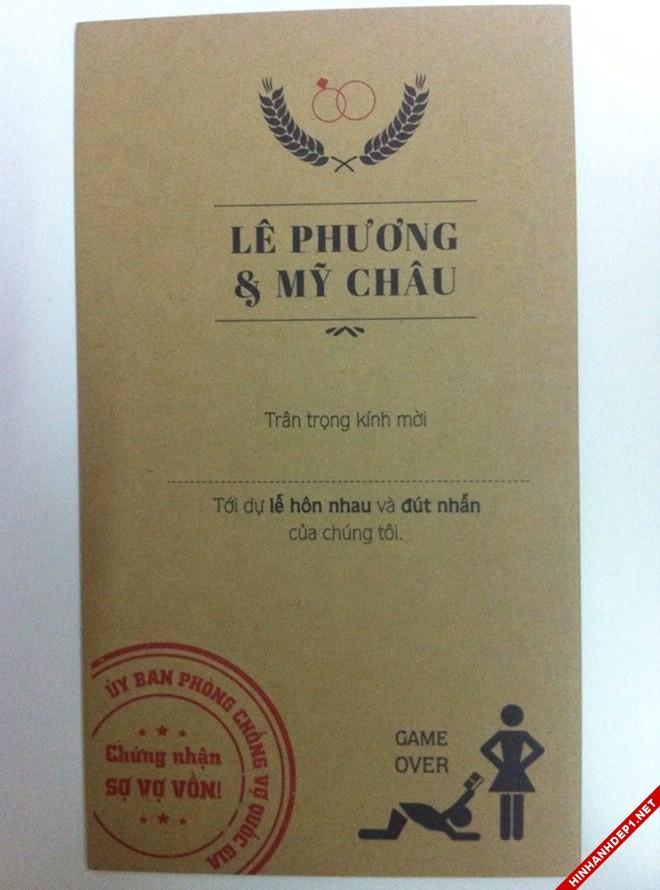 thiep-cuoi-doc-cua-chang-re-khien-bo-vo-dung-hinh (1)