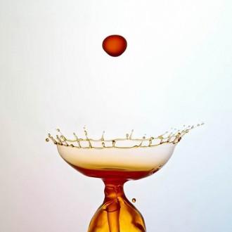 Hình nền nghệ thuật cực đẹp từ những giọt nước