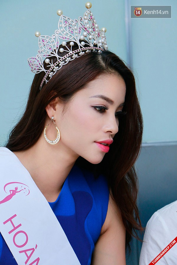 Những khoảnh khắc đẹp nhất của hoa hậu Phạm Hương