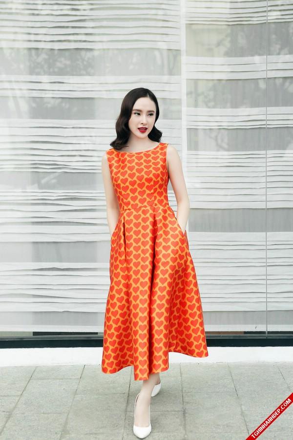 Vẻ đẹp sang chảnh mê hoặc của Angela Phương Trinh