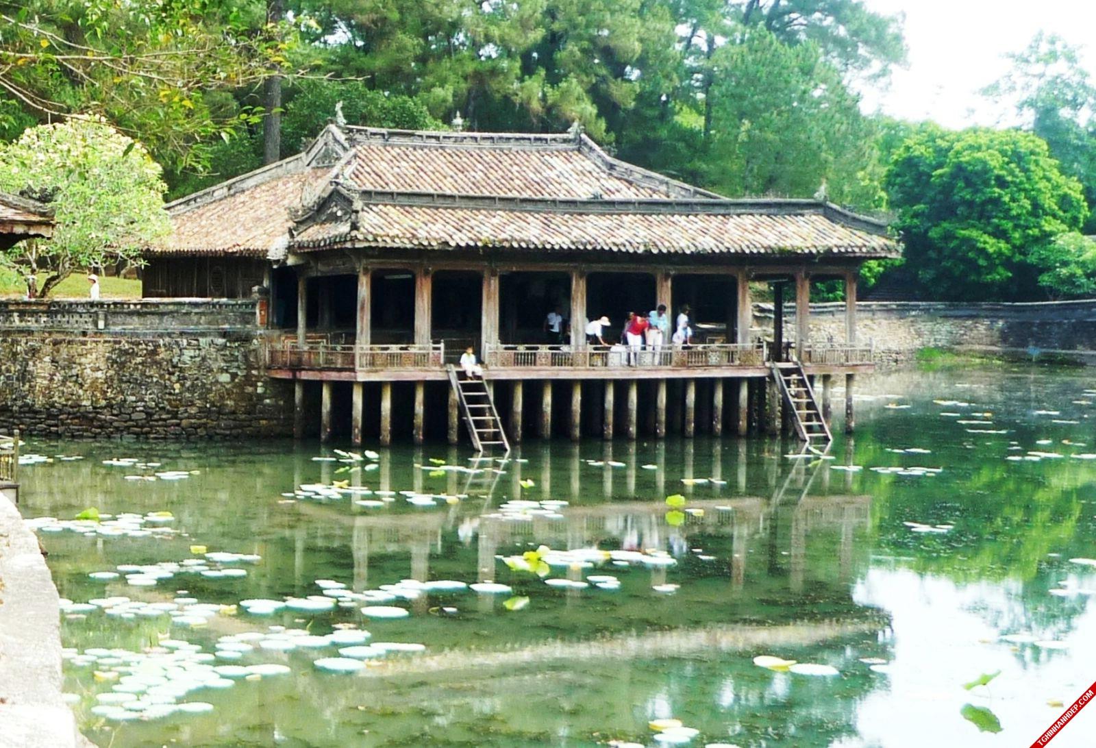 Du lịch Huế- những địa danh không nên bỏ qua