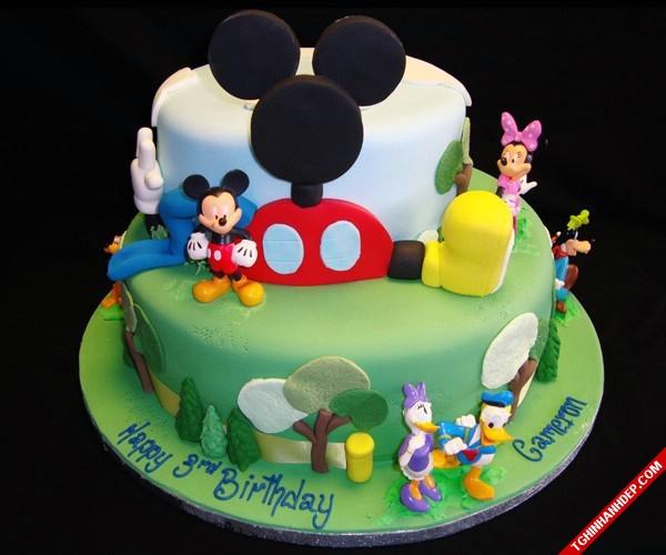 Gợi ý mẫu bánh kem đáng yêu cho sinh nhật em bé