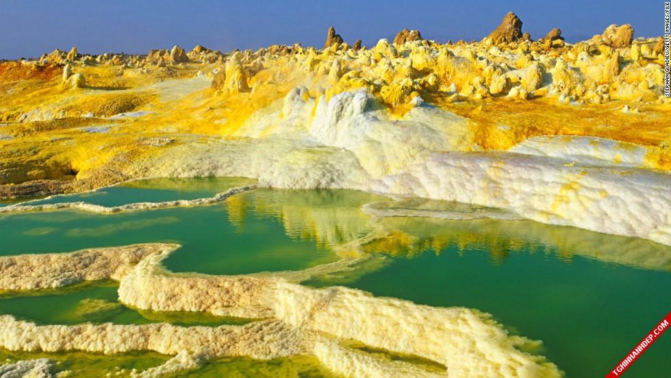 Hình ảnh đẹp về những vùng đất màu sắc trên thế giới