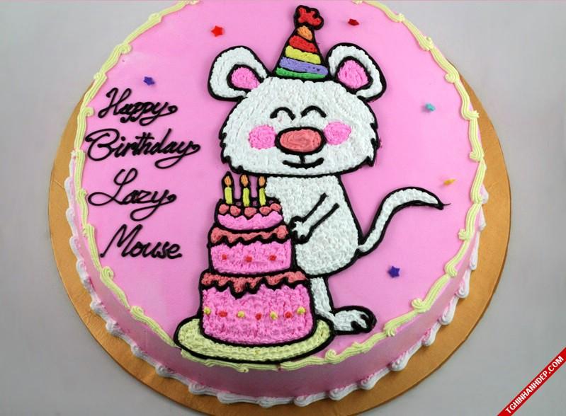 Mẫu bánh sinh nhật thích hợp cho các bé gái tuổi chuột.