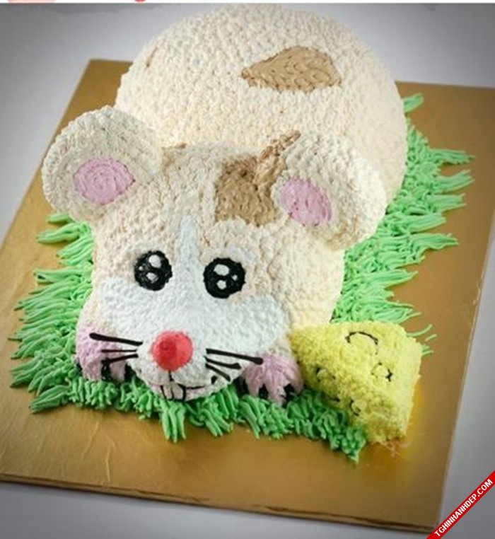 Mẫu bánh kem lấy nguyên mẫu một chú chuột độc lạ hấp dẫn.
