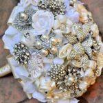 Hình ảnh đẹp về hoa cưới bằng trang sức đầy sang trọng